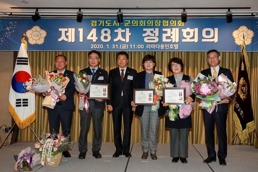 5_왼쪽+2번째_김병전+위원장.jpg