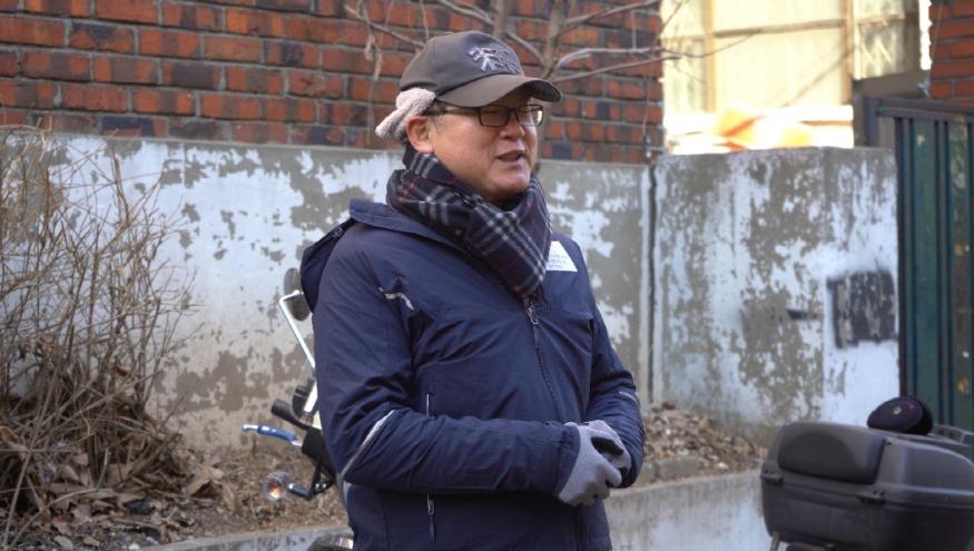 인사말 중인 김동호사장신문2020년 1월.jpg