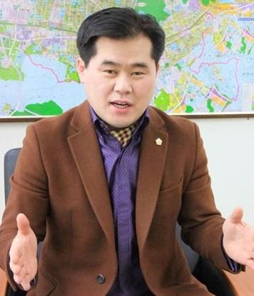 이동현 의원.jpg